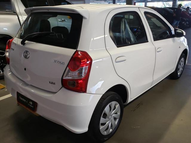 TOYOTA ETIOS 1.3 X 16V FLEX 4P MANUAL - Foto 6