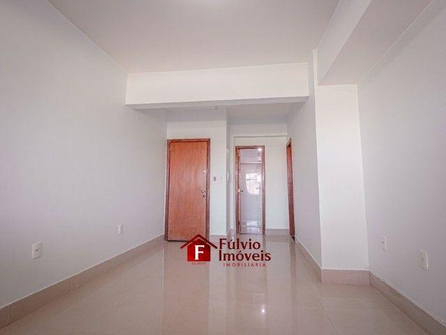 Apartamento com 3 Quartos, 1 Vaga de Garagem Coberta, Elevador em Vicente Pires. - Foto 4