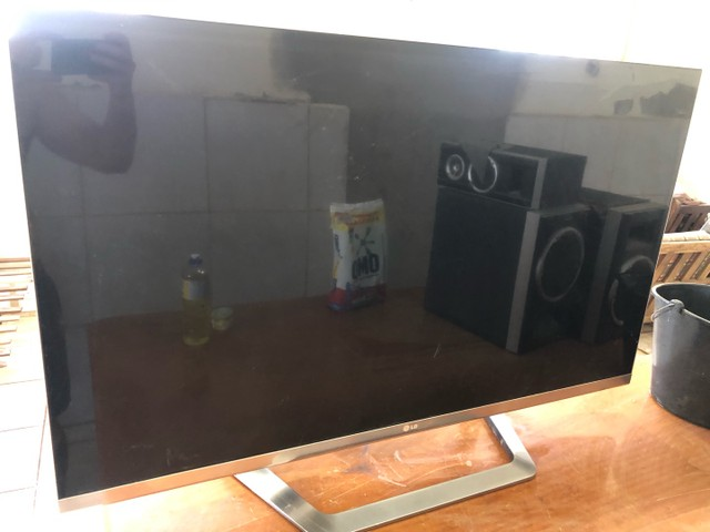 TV LG 47LM6700