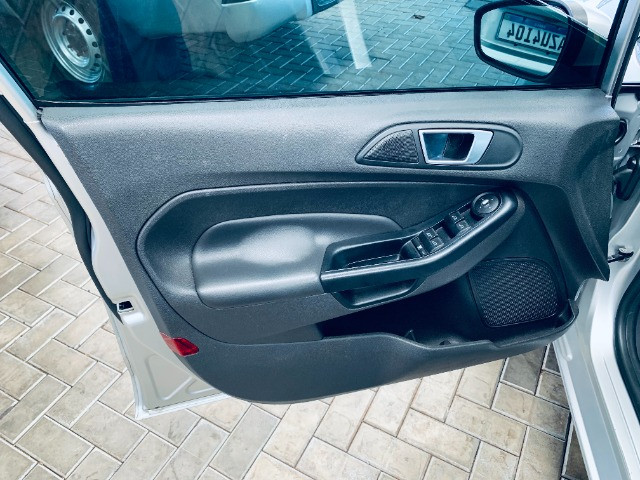 Ford / New Fiesta Titanium Hatch 1.6 Flex (Automático + Couro) - Foto 7
