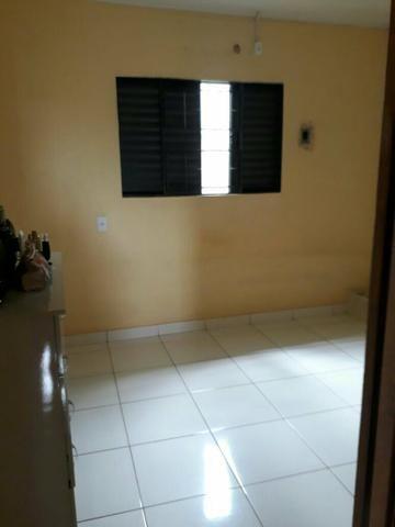 Vende-se uma casa em alvenaria, terreno plano no bairro Chavier Maia. R$85.000