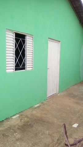 Casa localizada na rua Santo Antônio, nº 932 bairro Alto Bonito em Tocantinópolis-TO
