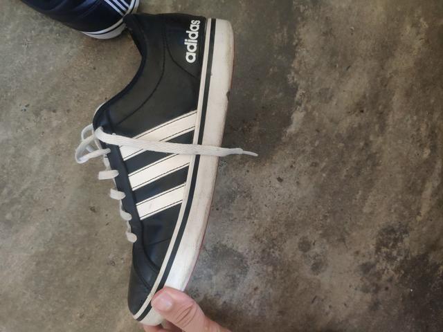Tênis Adidas preto e branco/ 39 - Foto 2