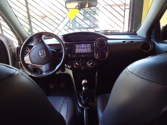 Toyota Etios Platinum Sed - Foto 7