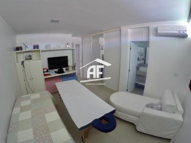 Casa construída em 2 lotes no condomínio Jardim do Horto - Área de lazer completa - Foto 19