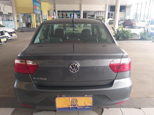 Volkswagen Voyage 1.6 MSI TOTALFLEX 4P - Foto 4