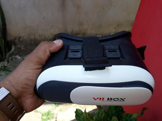 Vendo óculos de realidade virtual