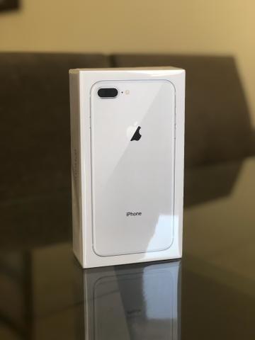IPhone 8 Plus 64gb - Prata - Lacrado, 1 ano de garantia Apple