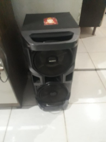 Vende ou troco essa duas caixa de som da marca sony - Foto 3