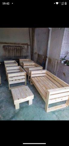 Unidade 280 Poltronas de madeira de pinus /palete novo - Foto 2
