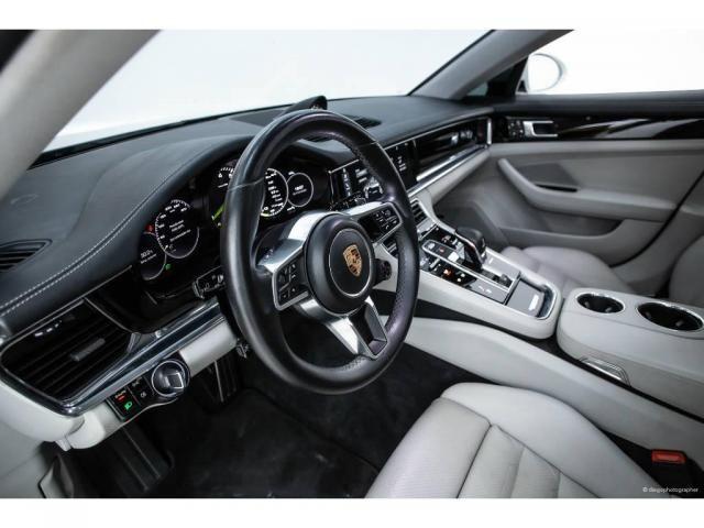 Porsche Panamera 4 Híbrida 2.9