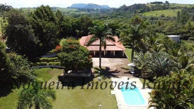 Maravilhosa chácara com 20.000 m², ótima casa, local tranquilo (Nogueira Imóveis Rurais) - Foto 12