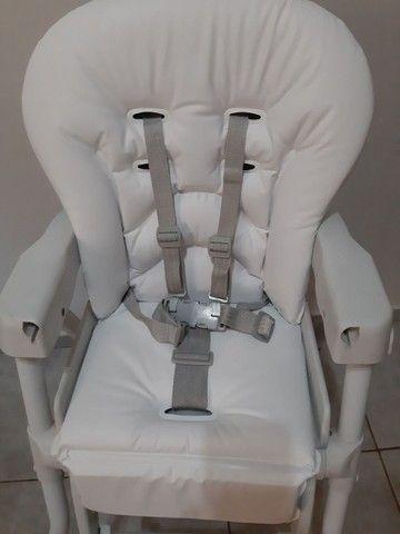 Cadeira alimentação SEMI NOVA... COM ESTOFADO NOVO  - Foto 6