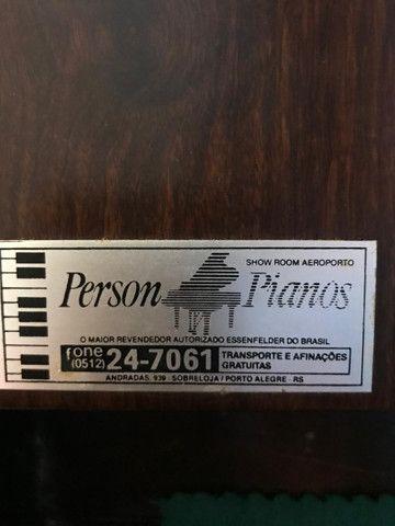 Piano Essenfelder usado