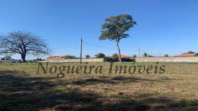 Lago Azul, terreno com 2.000 m², plano, escritura registrada (Nogueira Imóveis) - Foto 6
