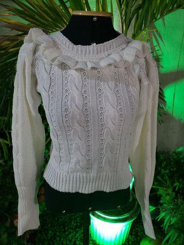 Casaco cropped tricot trançado