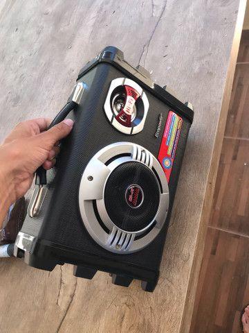 Caixa de som ecopower com microfone e carregador  - Foto 3