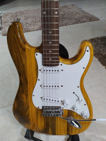 Guitarra Stratocaster Luthier - Foto 2