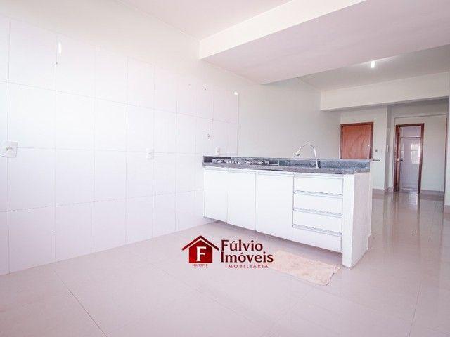 Apartamento com 3 Quartos, 1 Vaga de Garagem Coberta, Elevador em Vicente Pires. - Foto 5