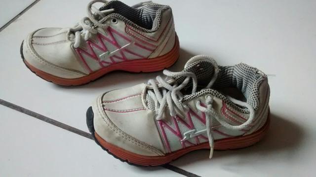 Lote de sapatos infantil 26 - Foto 4