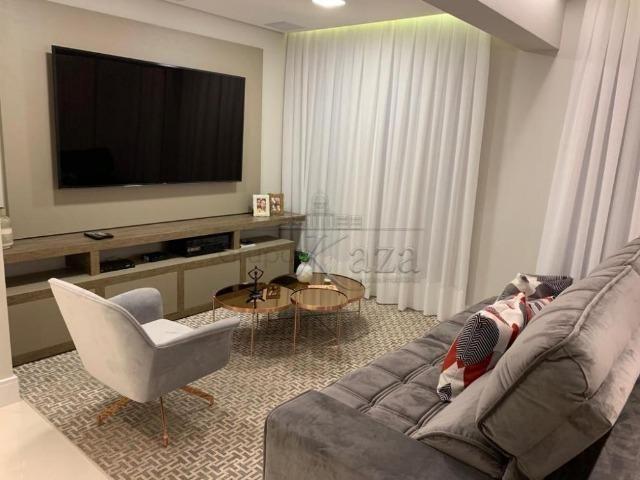 Lindo Apartamento Decorado e Mobiliado