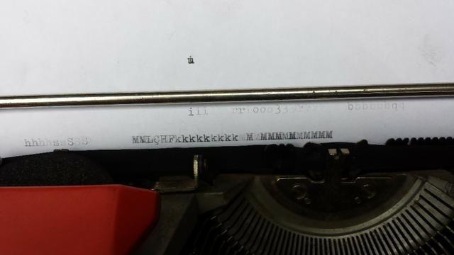 Máquina De Escrever Olivetti Dora Antiga - Foto 5