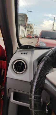 Prisma 2012 vermelho - Foto 3