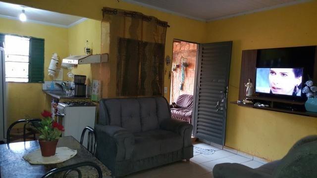 Vendo Excelente Casa, Bem Localizada, Perto do Asfalto - Foto 3