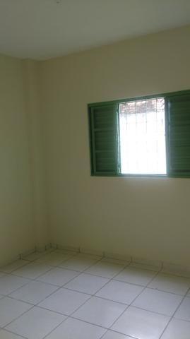 Apartamento amplo no Bairro Santos Dumont com 02 vagas garagem - Foto 3