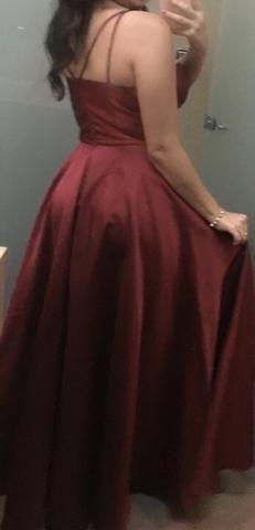 Vestido longo de festa marsala com fenda - Foto 2