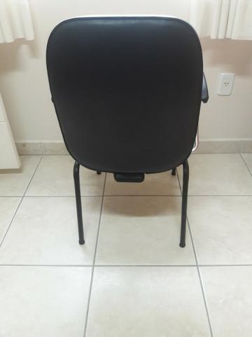 Cadeiras escritório / diretor fixas - Foto 3