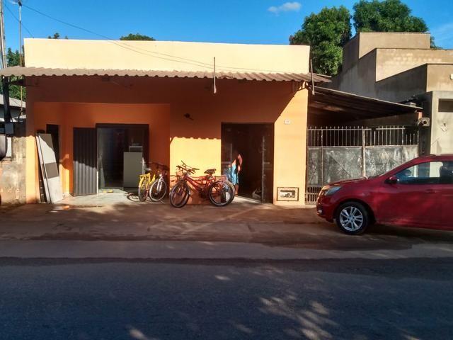 VENDE-SE casa na avenida São Joaquim