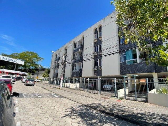 Pelegrine Vende Apart. 75 m², 2 quartos, 1 suíte, 1 vaga coberta, Jardim Camburi.