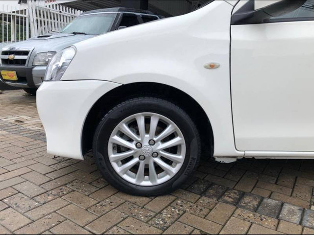 Toyota ETIOS XLS Sedan 1.5 Flex 16V 4p Mec. - Foto 7