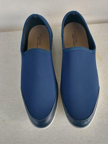 2 sapatos femininos - sapato e bota - Foto 2