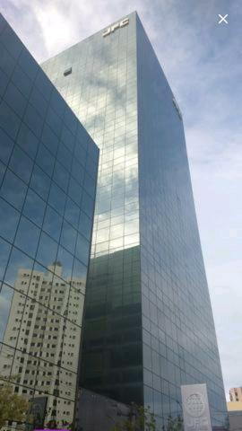 Vendo Sala 259m2 Comercial de Luxo Em Alto Padrão no JFC TRADE CENTER R$3.000.000,00 - Foto 2