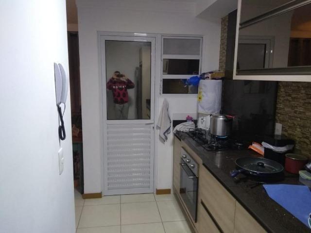 (BM) Apto de 2 dorm. semi-mobiliado, no Residencial Villa Dourada, Bela Vista, em São José