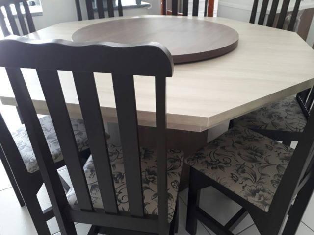 Mesa com 8 cadeiras - novo de fabrica - Foto 4