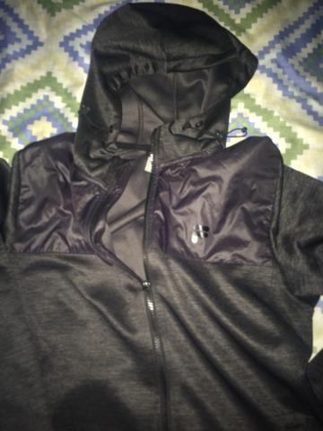 Casaco Fila preto original!! 130$ - Foto 3
