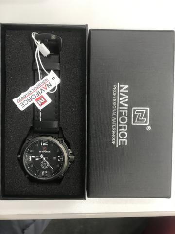 Relógio naviforce novo na caixa modelo 9090 - Foto 2