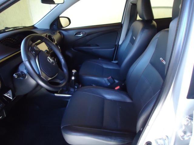 Toyota Etios Platinum Sed - Foto 5