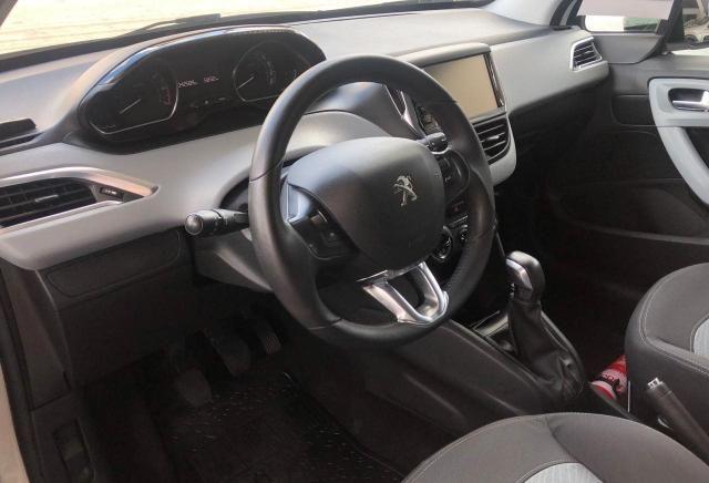 Peugeot 1.5 ALLURE - Foto 6