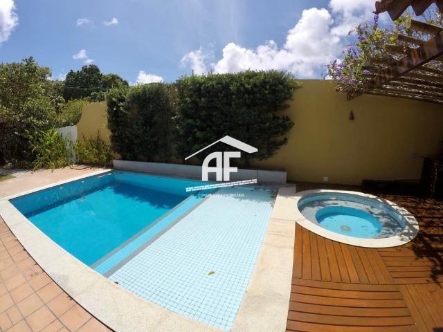 Casa construída em 2 lotes no condomínio Jardim do Horto - Área de lazer completa - Foto 2