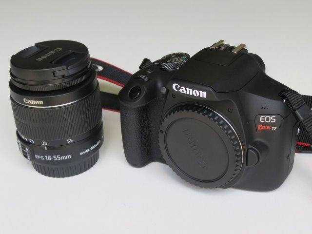 Câmera Dslr Canon T7 EOS Rebel com lente EF-S 18-55 + Assessórios - Foto 4