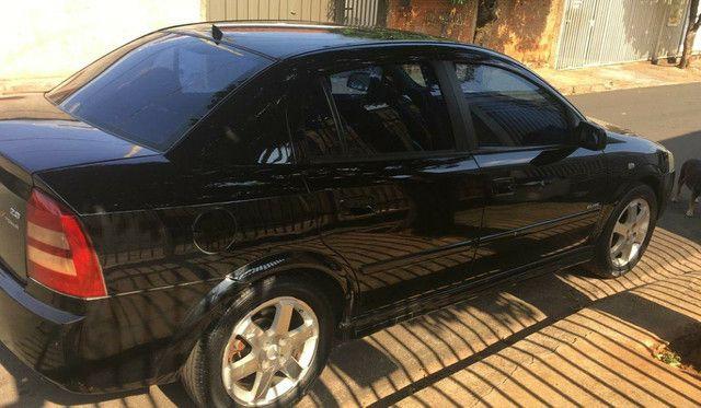Astra elite sedan  - Foto 2