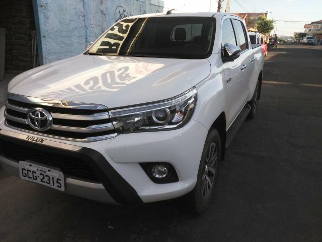Toyota Hilux 17/17 SRX 2.8 4x4 - Foto 11
