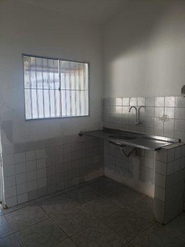 Alugo casas em Cajueiro Seco com garagem, 03 quartos próximo ao supermercado leve mais - Foto 4