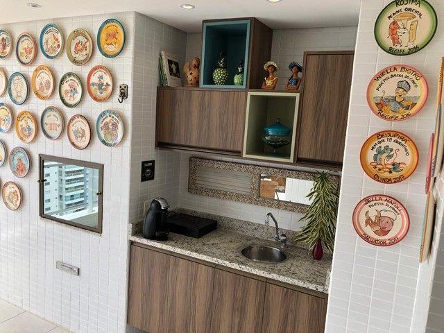 Aluguel Apartamento 180m², Nascente, 3 Suítes, Decorado e Mobiliado, em Patamares, Salvado - Foto 9