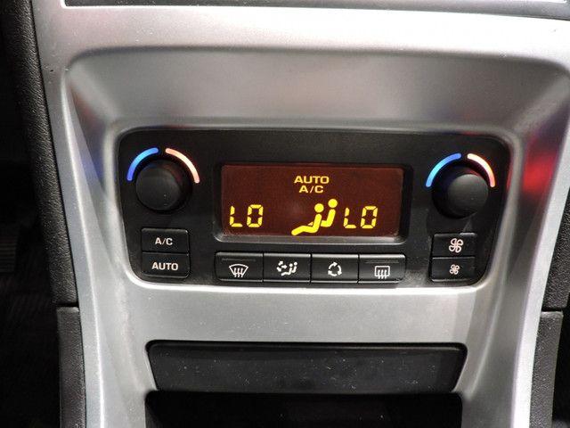 Peugeot 307 Hatch Presence Pack 1.6 16V Flex 2012 4P - Foto 11