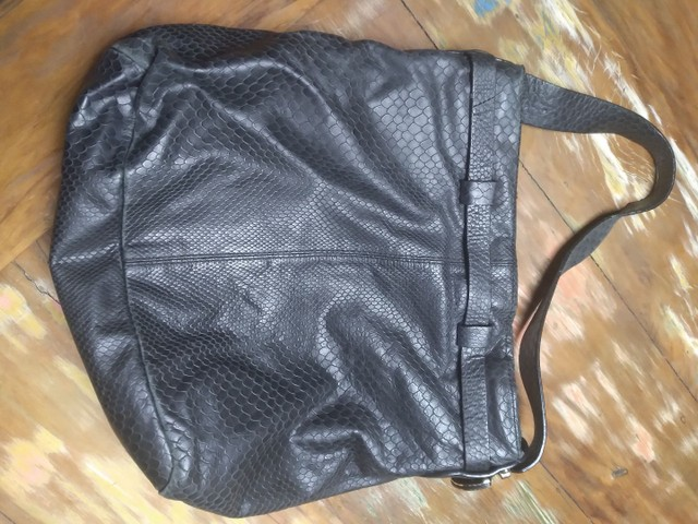 Bolsa couro preta  - Foto 2